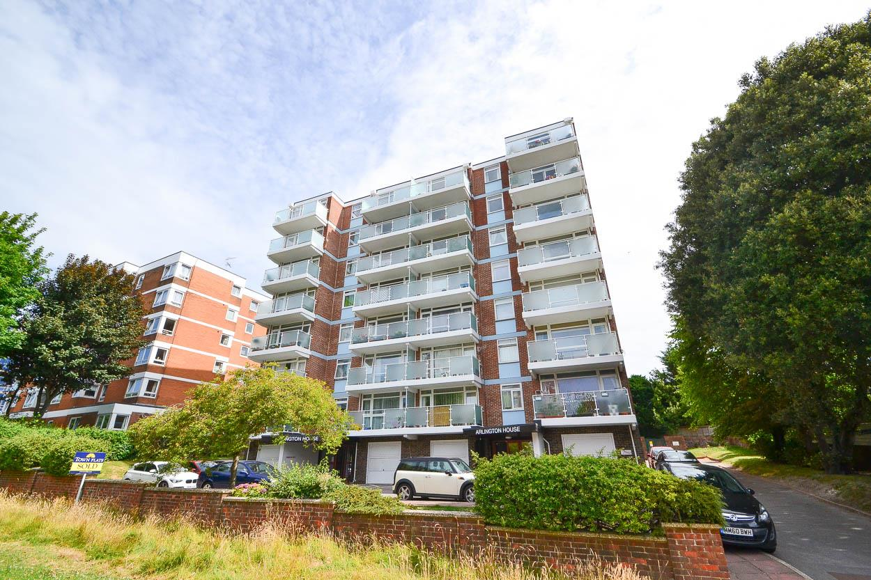 2 Bedrooms Flat for sale in Upperton Road, Eastbourne